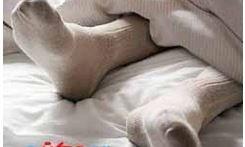 جوراب پوشیدن در هنگام خواب و فواید آن