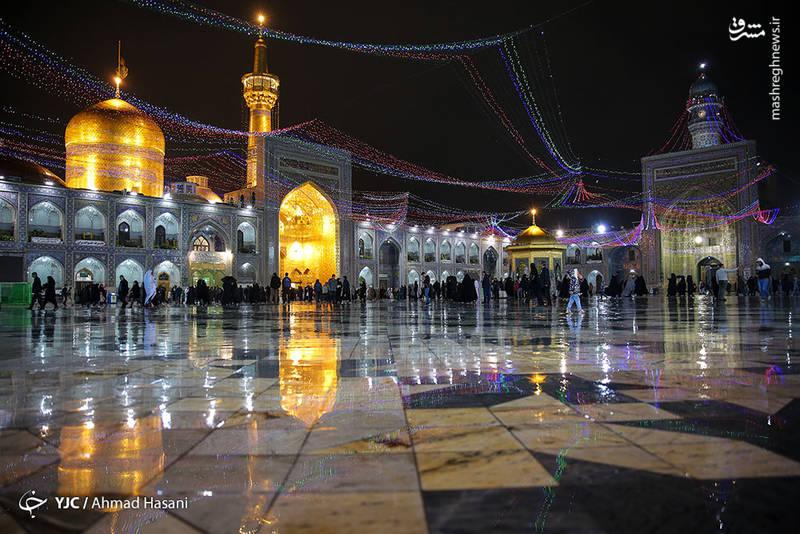 تصویری زیبا از روز بارانی حرم امام رضا(ع)