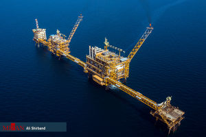 تحویل سال نو در سکوی نفتی سروش