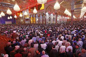 مراسم ساعت تحويل سال ١٣٩٧ هجري شمسي در حرم مطهر اباعبدالله الحسين(ع).