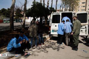 عکس/ بازداشت موادفروشان در تعطیلات نوروزی