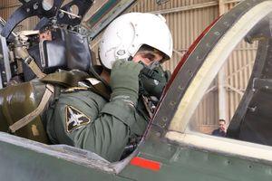 فیلم/ پرواز «سرتیپ خلبان حسن شاه صفی» فرمانده نهاجا با جنگنده اف-۵
