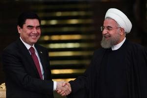 فیلم/ آزادی بیش از 280 ایرانی از زندان های ترکمنستان