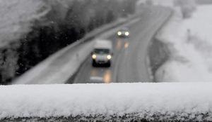 فیلم/ برف جاده شمشک به دیزین را سفیدپوش کرد