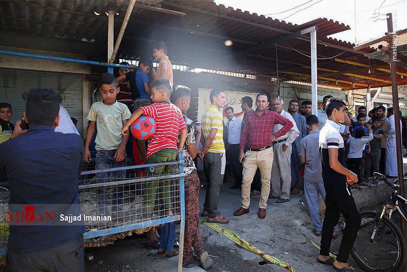 وقوع آتشسوزی در قهوهخانه کیان اهواز باعث کشته شدن 11 نفر و مصدومیت ۱۳ نفر شد که مظنون اصلی این حادثه مرگبار شناسایی و دستگیری شد.
