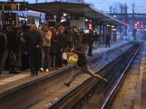 اعتصاب گسترده کارکنان راهآهن در فرانسه