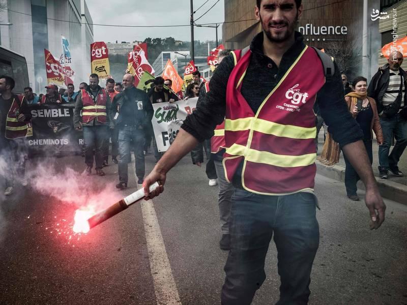 کارکنان شرکت هواپیمایی ایر فرانس هم که خواهان شش درصد اضافه حقوق سالانه هستند، از قبل اعتصاب خود را آغاز کردهاند
