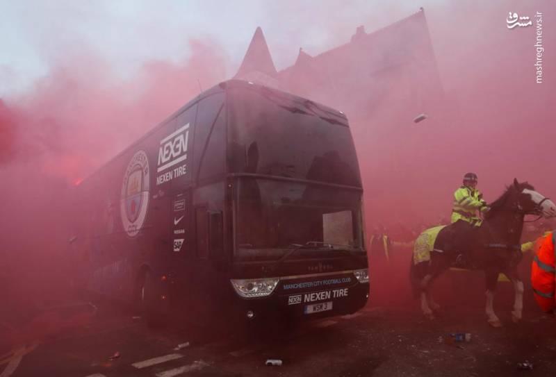 حمله به اتوبوس منسیتی