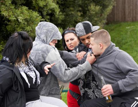 بحران اسیدپاشی و چاقوکشی در لندن/ زیر پوست پایتخت بریتانیا چه میگذرد؟ +عکس