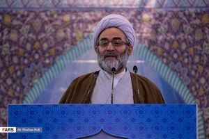 عکس/ نخستین نماز جمعه رشت به امامت حجت الاسلام فلاحتی