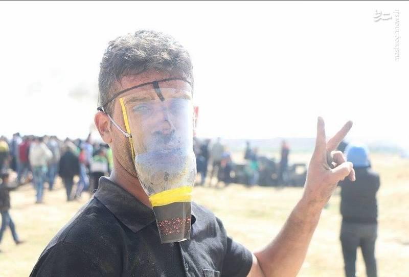 ماسک های دست ساز جوانان فلسطینی برای مقابله با اشک آورهای نظامیان رژیم صهیونیستی