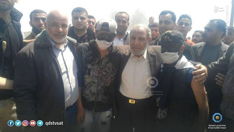«محمود الزهار» یکی از رهبران حماس به رژیم صهیونیستی هشدار داد اگر به مناطق داخلی غزه حمله کنند، آنها نیز شهرکهای صهیونیستنشین را هدف قرار خواهند داد.