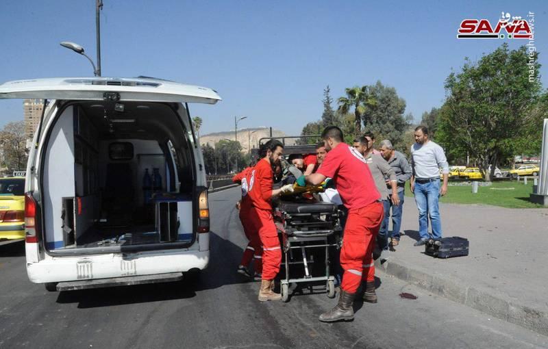 در پی حملات خمپارهای تروریستهای جیش الاسلام از دوما در غوطه شرقی دمشق به حی المزه و اطراف میدان امویین، مجروح شدند».