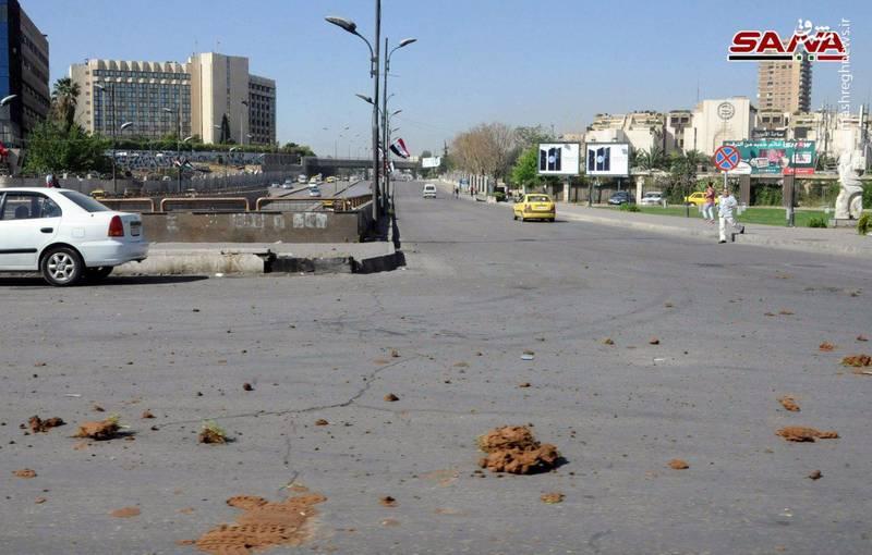 سانا در این خصوص نوشت که «چهار نفر شهید و بیش از 30 شهروند که برخی حالشان وخیم است