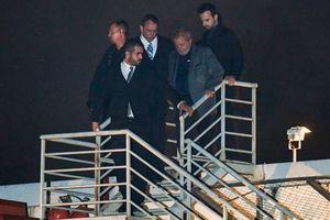عکس/ رییسجمهور سابق برزیل، تسلیم پلیس شد