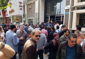 عکس/ التهاب امروز بازار ارز در تهران