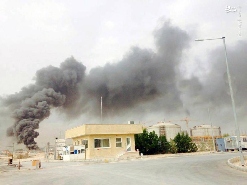 فرماندار کنگان ساعتی بعد از آتش آتش سوزی گفت:   آتش سوزی فازهای ۲۲-۲۳-۲۴ پارس جنوبی تحت کنترل است.