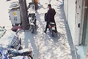 فیلم/ برخورد شدید سوناتا با موتورسوار