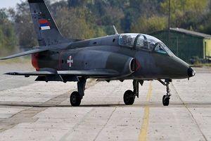سقوط یک هواپیمای نظامی در صربستان