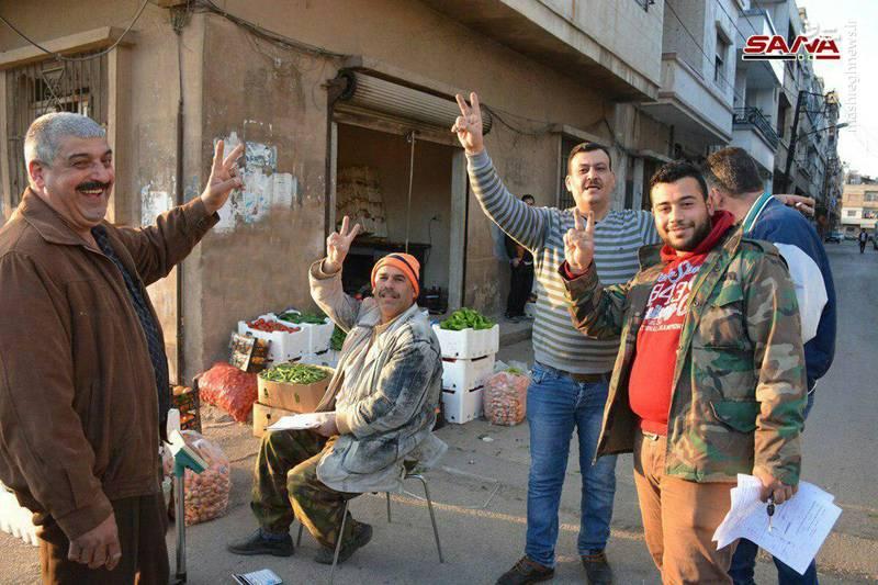 شادی مردم سوریه از ناکام ماندن حملات موشکی ائتلاف آمریکا