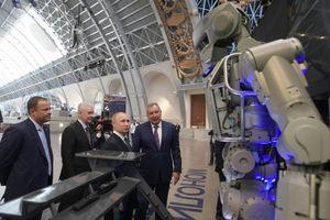 عکس/ بازدید پوتین از موزه فضانوردی روسیه