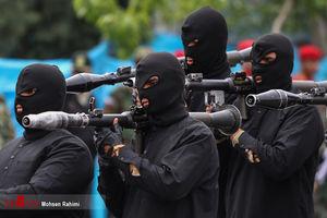 عکس/ رژه روز ارتش در مشهد