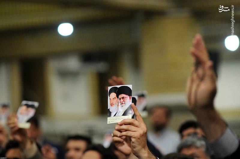دیدار جمعی از کارکنان وزارت اطلاعات با رهبر انقلاب