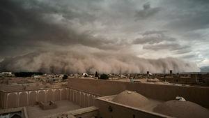 """عکس دیدنی عکاس رویترز از """"طوفان یزد"""""""