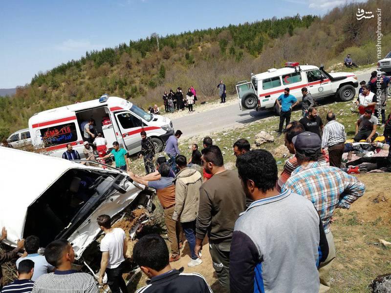 واژگونی اتوبوس دانشجویان دامغان