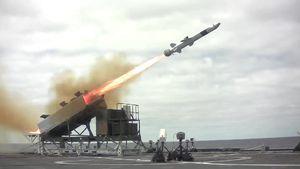 مالزی از نروژ موشک کروز خرید+عکس
