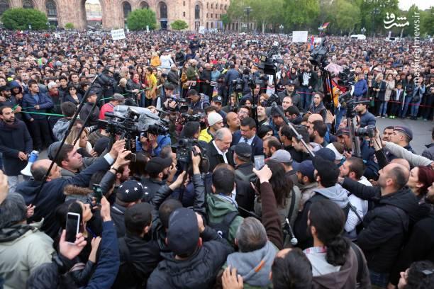 بنابر گزارش خبرگزاری اسپوتنیک، وزارت دفاع ارمنستان این اقدام را محکوم کرد و اعلام کرده است که چنین رفتاری واکنش محکم قانونی به دنبال خواهد داشت.