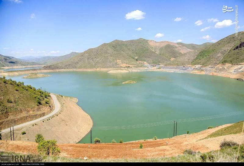 کاهش آب سد آزاد «بنیر» در