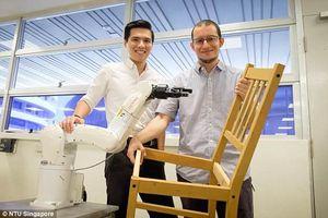 فیلم/ روباتی که صندلی می سازد!