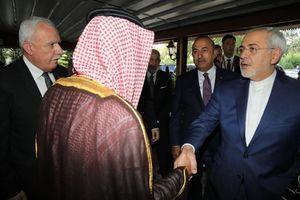 منت کشی ظریف از آلسعود در نیویورک/ وزارت خارجه ایران چشم انتظار عادل الجبیر برای دادنِ وقتِ ملاقات!