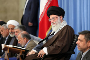حاشیههای دیدار قاریان قرآن با رهبر انقلاب +عکس