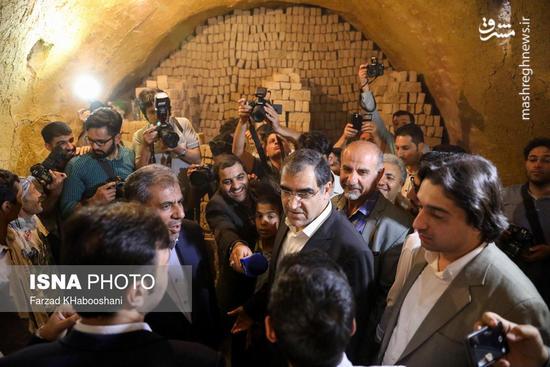 وزیر بهداشت در مناطق محروم تهران