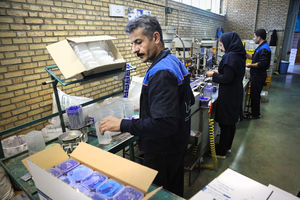 آیا کالاهای مونتاژی هم ایرانی حساب میشوند؟/ آوار واردات کالای خارجی بر سر کارگر ایرانی