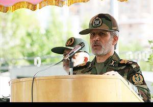 تحلیف افسران جدید وزارت دفاع با حضور امیر حاتمی