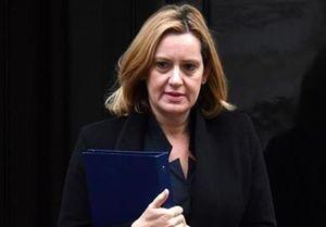 وزیر کشور انگلیس استعفا کرد