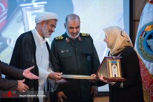 عکس/ حضور سردار سلامی در همایش روز ملی خلیج فارس