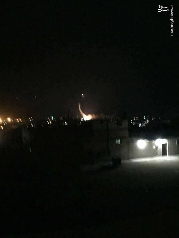 خبرگزاری «سانا» ساعتی بعد به نقل از یک منبع در ارتش سوریه اعلام کرد سایتهای نظامی در حومه «حماه» و «حلب» در «یک تجاوز جدید با موشکهای دشمن» هدف قرار گرفتهاند.