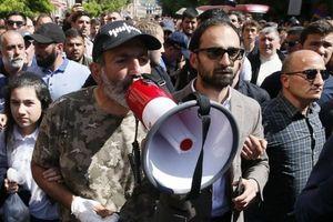 پارلمان ارمنستان به رهبر مخالفان رأی نداد