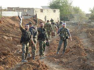 خطوط دفاعی مهمترین پایگاه داعش در جنوب دمشق شکسته شد/ کارشکنی جبهه النصره در توافق خروج شهروندان از الفوعه و کفریا + نقشه میدانی، فیلم و تصاویر