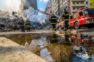 عکس/ ریزش ساختمان و ناپدید شدن ۴۴ نفر