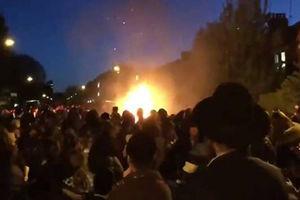 فیلم/ انفجار در مراسم یهودیان لندن