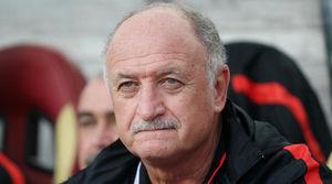 سرمربی قهرمان جهان در نزدیکی لیگ امارات