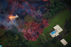 عکس/ خانههایی که در گدازههای آتش ذوب شدند