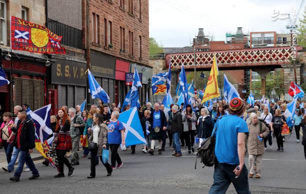 هماهنگکننده این تظاهرات گفت دغدغه آنها برگزاری یک همهپرسی جدایی دیگر قبل از سال 2021 است یعنی زمانی که برگزیت (جدایی بریتانیا از اتحادیه اروپا) کامل انجام میگیرد و دوره دوساله پسابرگزیت نیز سپری شده است.