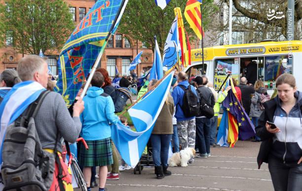 از این میان اکثریت شرکت کنندگان انگلیس و لندن رای به خروج و اکثر شرکت کنندگان اسکاتلند و ایرلند شمالی رای به ماندن در اتحادیه اروپا دادند اما در نهایت رای به جدایی کل بریتانیا 51 درصد شد.