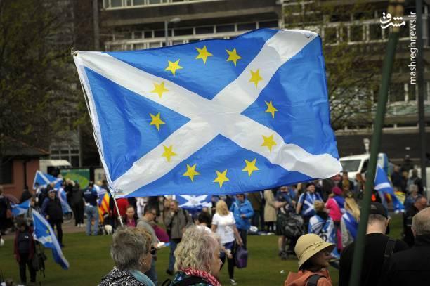 مذاکرات برگزیت سال 2017 کلید خورده و مهلت دوساله مذاکرات سال 2019 به اتمام میرسد و پس از آن دروه گذار دوساله برای جدایی کامل آغاز میشود تا در نهایت سال 2021 بریتانیا کامل از اتحادیه اروپا جدا شود.